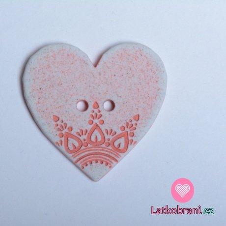 Knoflík srdíčko růžové s ornamenty