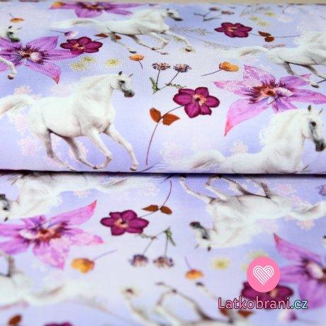 Úplet digitisk bílý kůň s fialovými květy