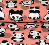 Úple panda na růžovo-lososové
