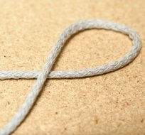 Šňůra kulatá oděvní bavlna 4 mm světle šedá