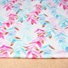 Teplákovina modré a růžové pnoucí liány na smetanové