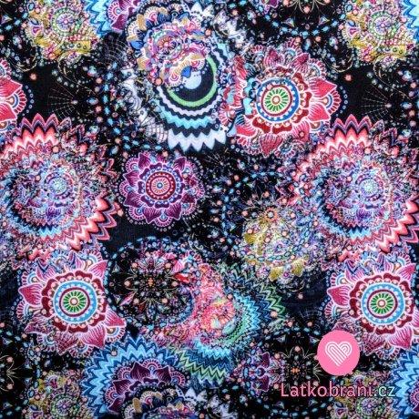 Teplákovina potisk barevné mandaly na černé