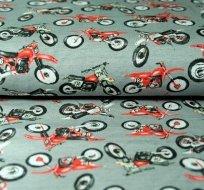 Úplet červená motorka na šedé