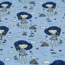 Úplet holčička s mušlí na modré