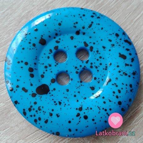 Knoflík mega velký modrý s černými cákanci