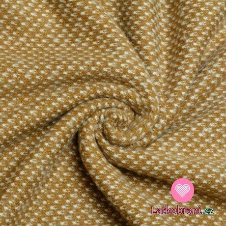 Pletený žakár okrový s bílými detaily
