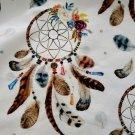 Teplákovina potisk lapače snů mezi květinami a peříčky  na smetanové