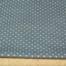 Úplet drobné puntíky na šedé 2mm