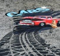 Úplet panel červené auto se surikatou