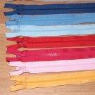 Zip kostěný dělitelný 60cm světle modrá