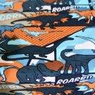 Úplet dinosaurus na způsob kresleného komiksu petrolejový-oranžový