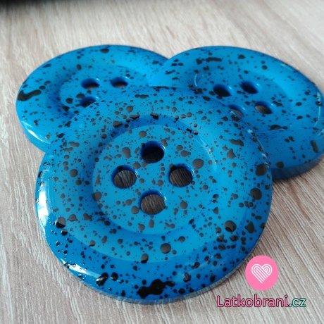 Knoflík mega velký kobaltově modrý s černými cákanci