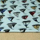 Úplet barevné plachetnice na modroučké