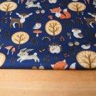 Softshell zvířátka sova, liška, jelen na tmavě královsky modré s fleecem