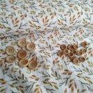 Dřevěné knoflíčky na mušelínu