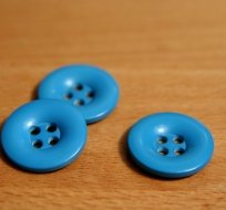 Knoflík hladký lesklý modrý 24mm
