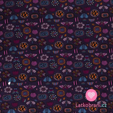 Warmkeeper potisk motýlci, vážky a broučci mezi kvítky na temně fialové