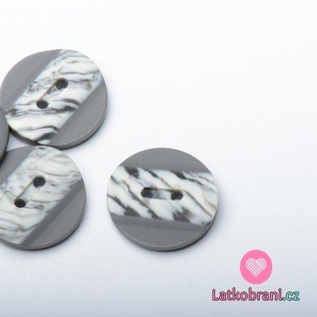 Knoflík kulatý, matný šedý s žíhaným plastickým pruhem uprostřed