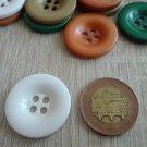 Knoflík hladký lesklý okrový 30 mm
