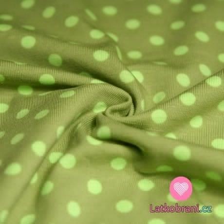 Úplet puntíky zelené na zelené (střední)