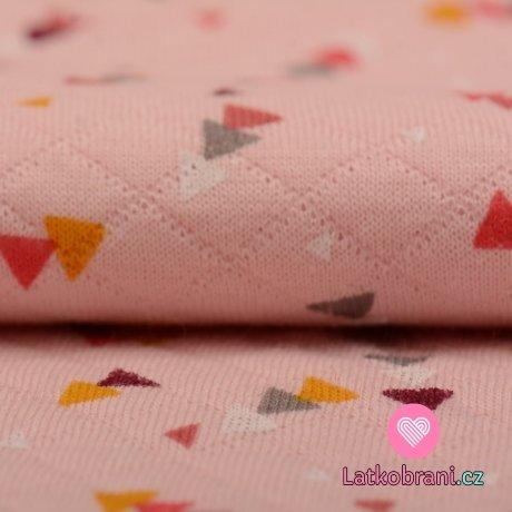 Prošívaný úplet růžový s potiskem geometrických tvarů