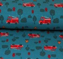 Úplet hasiči červené auto na petrolejové