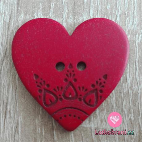 Knoflík srdíčko červené s ornamenty
