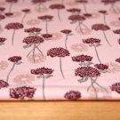 Teplákovina POČESANÁ bordo květy na stonkách podklad starorůžová
