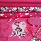 Slečna v růžové