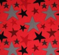 Úplet hvězdy čtyř barev na červené