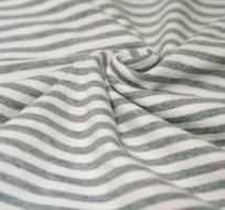 Úplet proužky patinované šedé s bílou