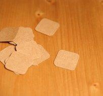 Štítek na oblečení čtverec s kulatými rohy 20x20 mm