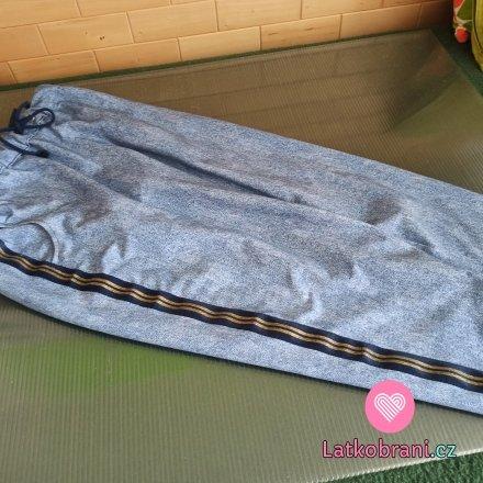 Teplákové kalhoty s lampasem