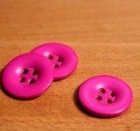 Knoflík hladký lesklý fuchsie pink 24mm