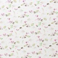 Úplet potisk lesní zvířátka mezi růžovým kvítím na bílé