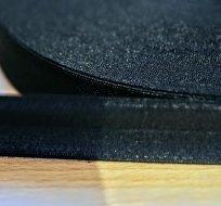 Šikmý proužek / lemovací pruženka černá 19mm