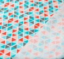 Teplákovina POČESANÁ mozaika modrá, růžová