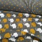 Sloní pochod hořčicovošedá kombinace