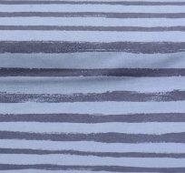 Teplákovina potisk čáry štětcem do pruhu tmavě modré na zaprášené tmavé modré