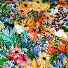 Teplákovina duhové květiny na téměř bílém podkladu